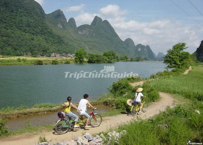 Biking Along the Li River Yangshuo