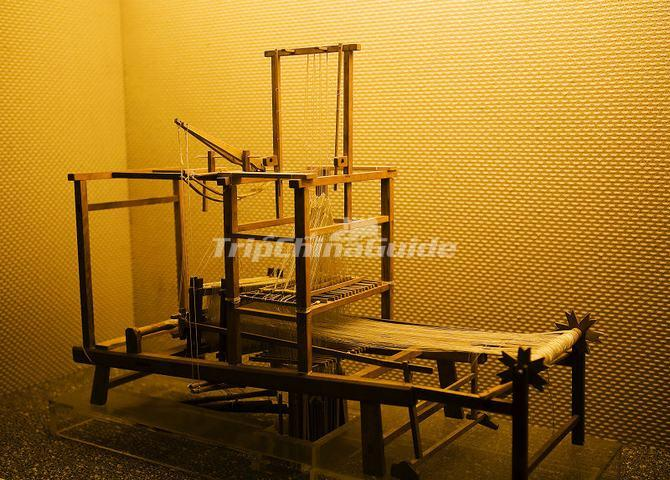 Ancient Chinese Silk Weaving Machine - China National Silk