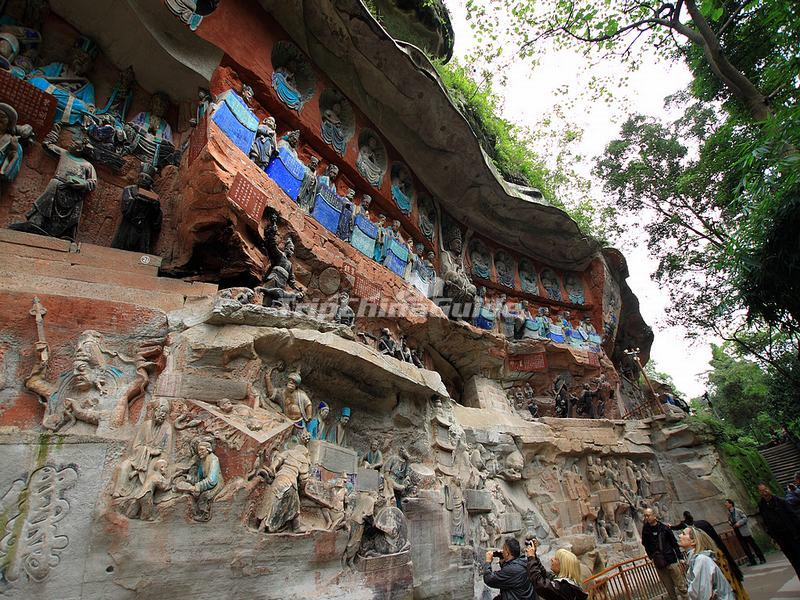 Dazu rock carvings in china photos