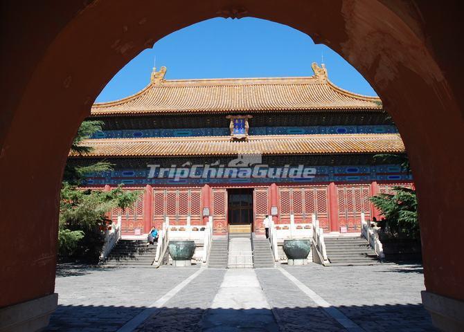 https://www.tripchinaguide.com/public/upload/photo/forbidden-city-architecture/img_519_d20130729103455.jpg