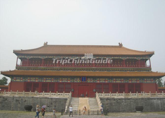 https://www.tripchinaguide.com/public/upload/photo/forbidden-city-architecture/img_90_d20130726110304.jpg