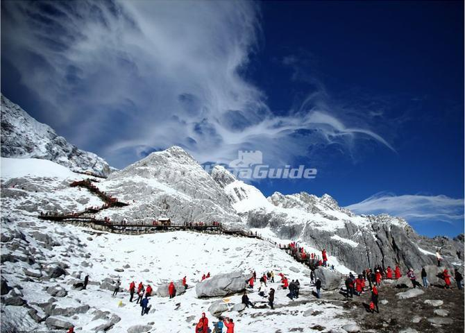 how to get to jade dragon snow mountain from lijiang