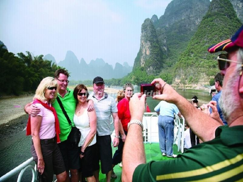 Tourists Enjoy Their Li River Cruise Trip