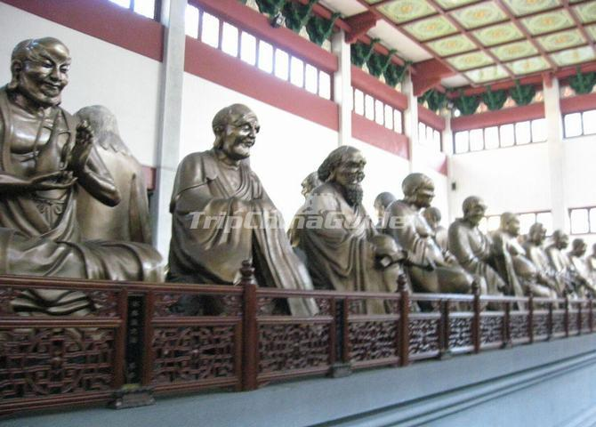 The Buddhas in Lingyin Temple