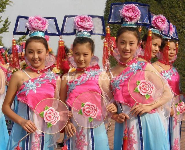 beautiful tajik girls