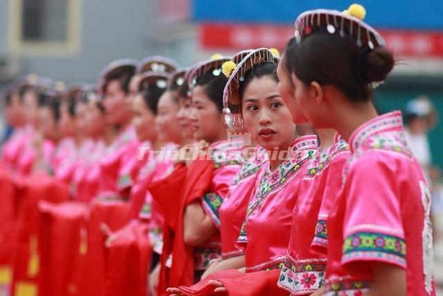 Maonan Ethnic Clothing Maonan Ethnic Group Photos