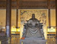 Emperor Yongle's Statue in Yongling Tomb