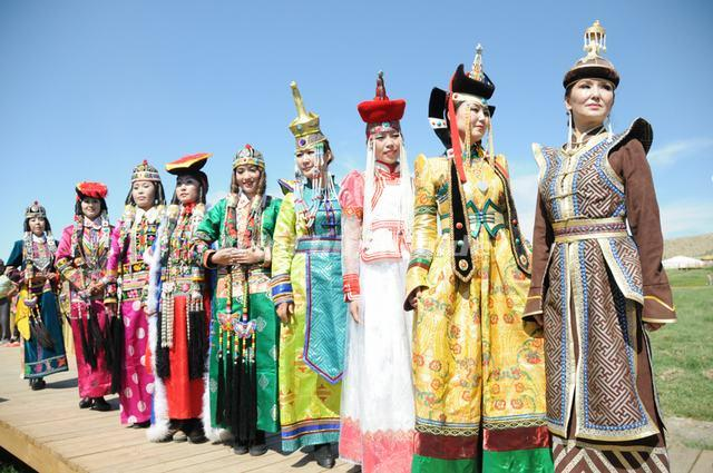 Image Gallery mongolian chinese people