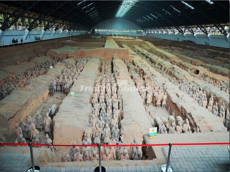 "<a target=""_blank"" href=""http://www.tripchinaguide.com/photo-p892-14120-the-pit-1-of-the-terracotta-army-site.html"">The Pit 1 of the Terracotta Army Site</a>"