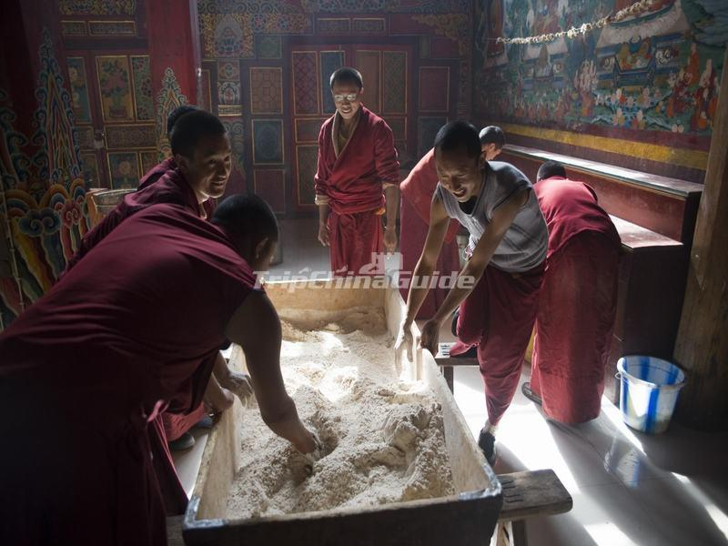 The Lamas Are Making Tsamba (Tibetan cake) in Shouling Temple