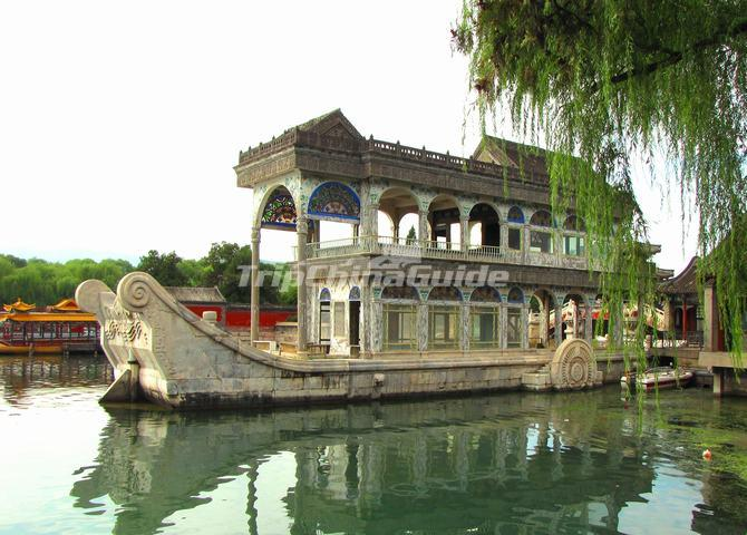 "<a target=""_blank"" href=""http://www.tripchinaguide.com/photo-p8-5453-summer-palace-beijing-marble-boat.html"">Summer Palace Beijing Marble Boat in Summer Palace</a>"