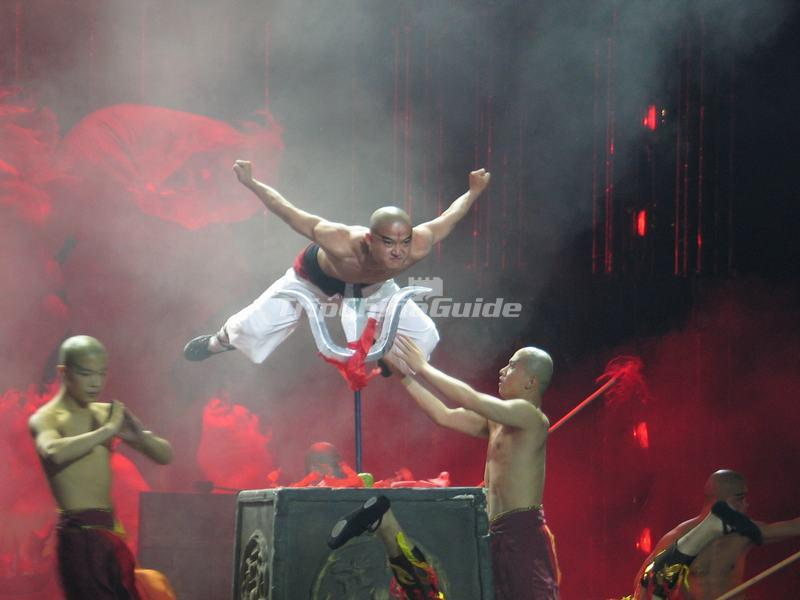 "<a target=""_blank"" href=""http://www.tripchinaguide.com/photo-p849-12214-the-legend-of-kungfu-night-show.html"">The Legend of Kungfu Night Show</a>"