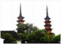 "<a href=""/photo-p686-5692-twin-pagodas-at-luohanyuan-temple-in-suzhou-china.html"">Twin Pagodas at Luohanyuan Temple in Suzhou China </a>"
