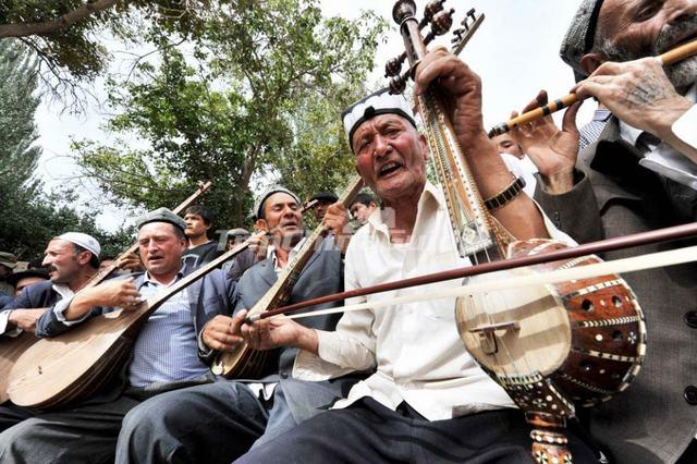 Uyghur Musical Instrument