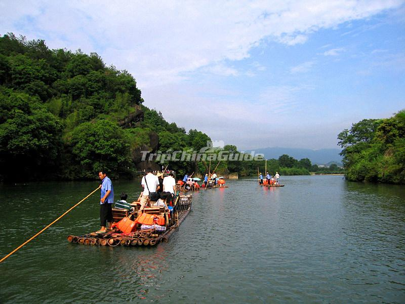 Bamboo Rafting in the Nine-bend River of Wuyi Mountains