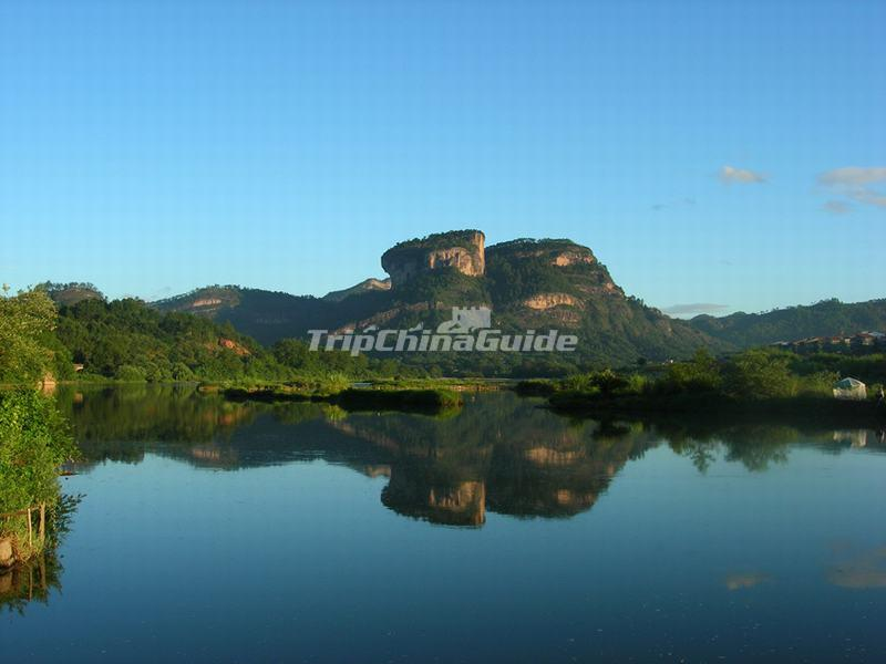 A Distance View of the Great King Peak in Wuyi Mountains